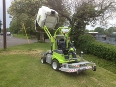 Grillo FD 13.09 4WD – used collecting front mower