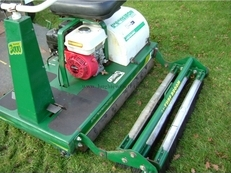 Wood Bay Greens Iron 3000 Roller C/W Trailer