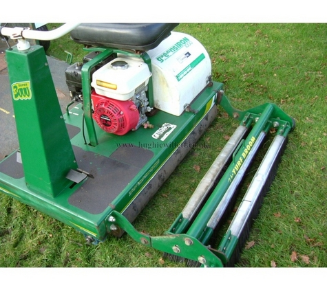 Wood Bay Greens Iron 3000 Roller C/W Trailer
