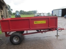 1.5 TON TIPPING TRAILER