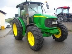 John Deere 5820 Premium Tractor